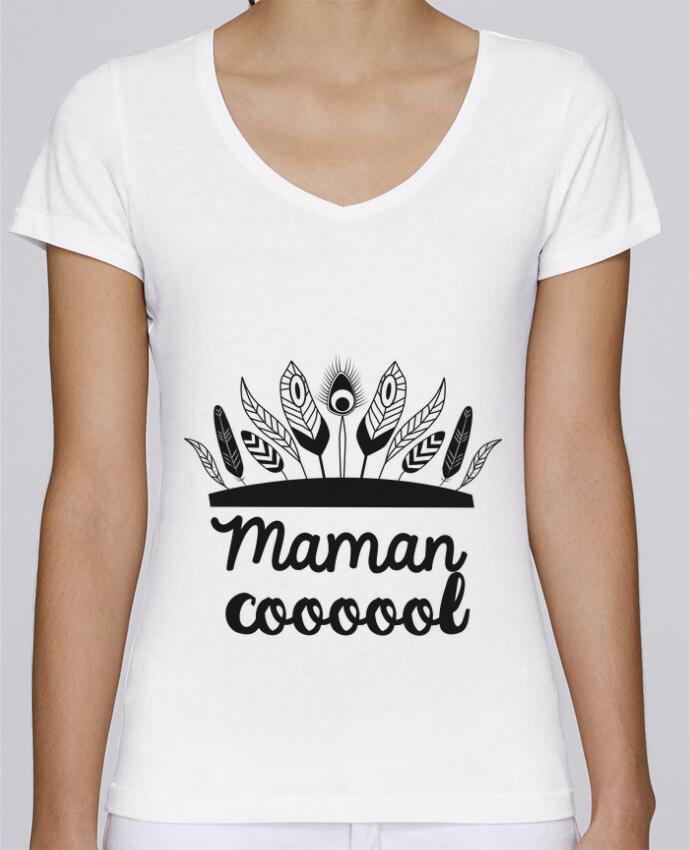 T-shirt Femme Col V Stella Chooses Maman Cool par IDÉ'IN