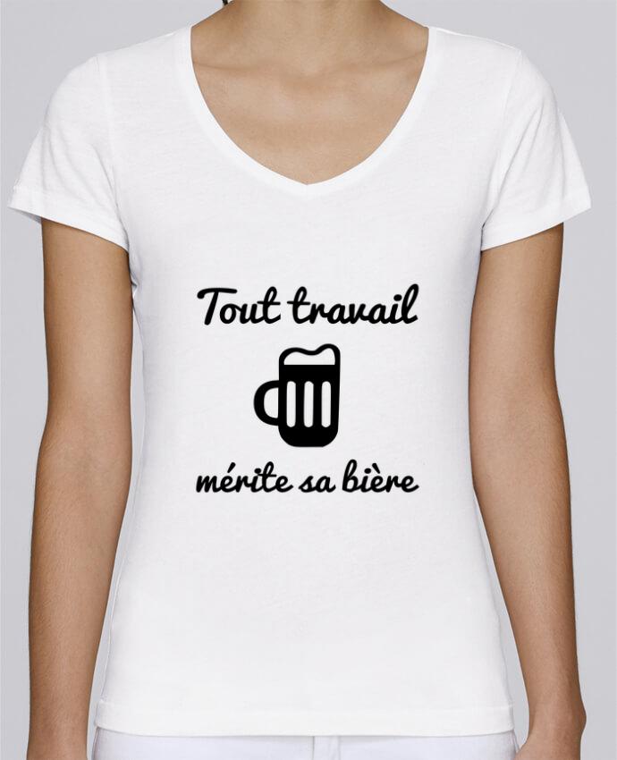 T-shirt Femme Col V Stella Chooses Tout travail mérite sa bière, humour, citations par Benichan