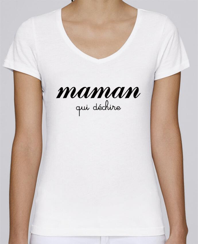 T-shirt Femme Col V Stella Chooses Maman qui déchire par Freeyourshirt.com