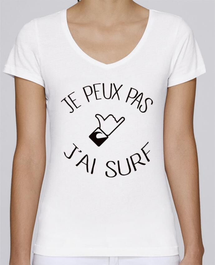 T-shirt Femme Col V Stella Chooses Je peux pas j'ai surf par Freeyourshirt.com