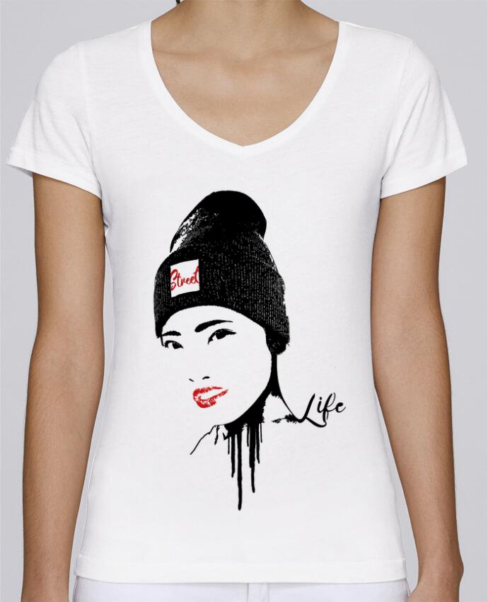 T-shirt Femme Col V Stella Chooses Geisha par Graff4Art