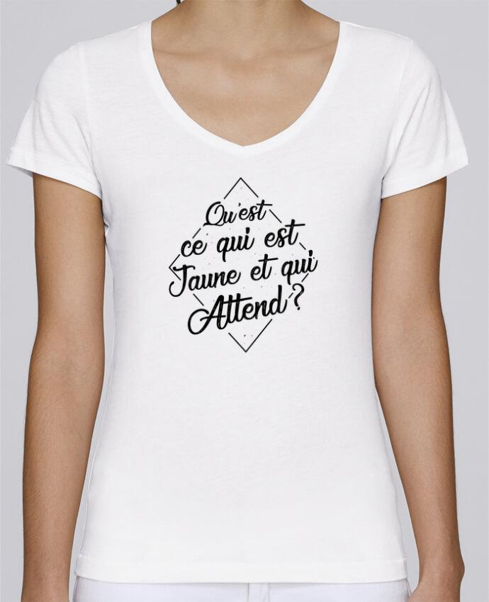 T-shirt Femme Col V Stella Chooses Qu'est ce qui est jaune et qui attend ? par tunetoo