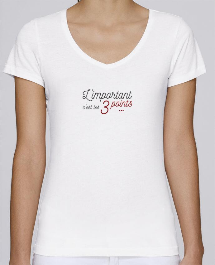 T-shirt Femme Col V Stella Chooses L'important c'est les trois points par AkenGraphics