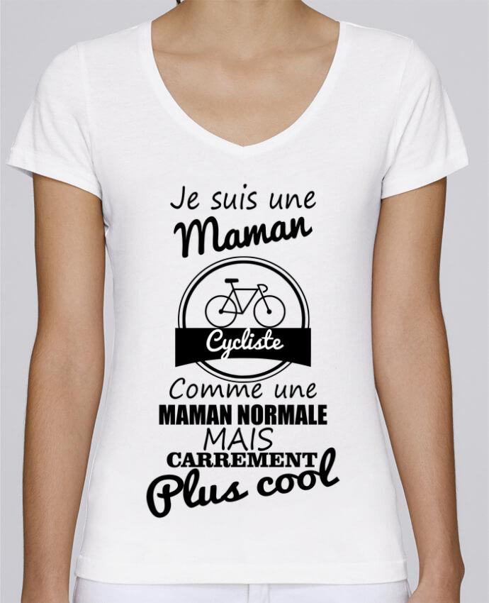 T-shirt Femme Col V Stella Chooses Je suis une maman cycliste comme une maman normale mais carrément