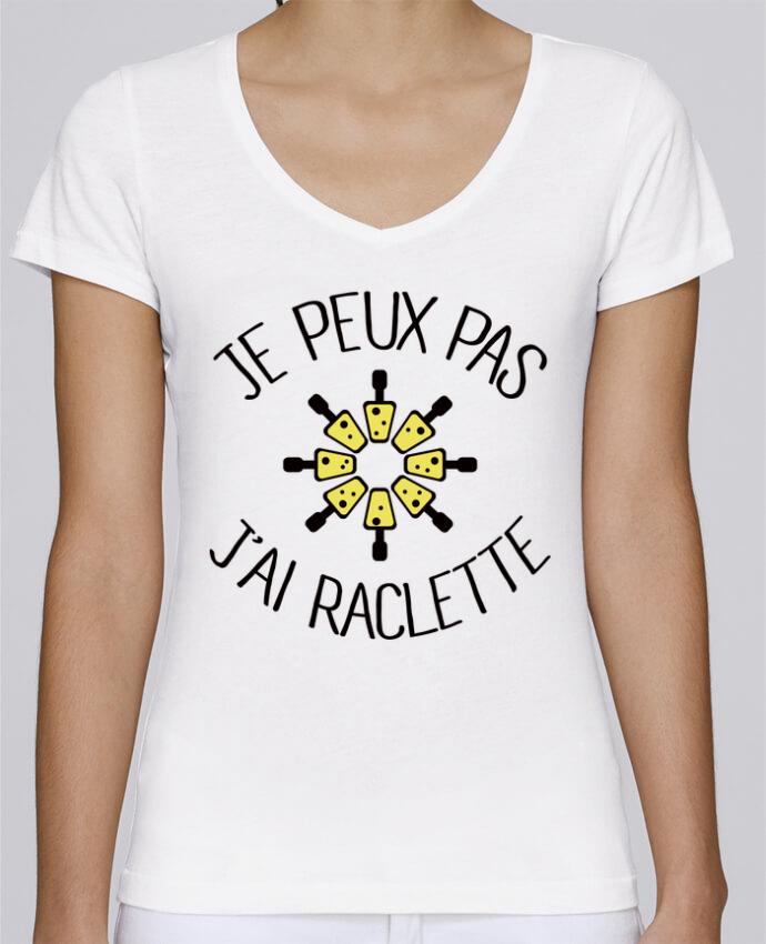 T-shirt Femme Col V Stella Chooses Je peux pas j'ai Raclette par Freeyourshirt.com