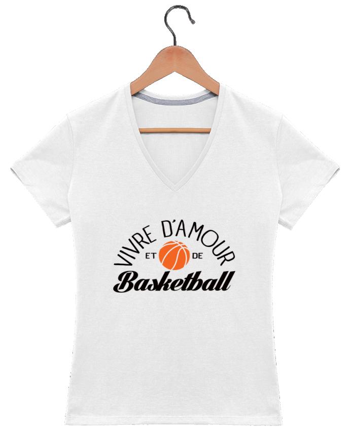 T-shirt Col V Femme 180 gr Vivre d'Amour et de Basketball par Freeyourshirt.com