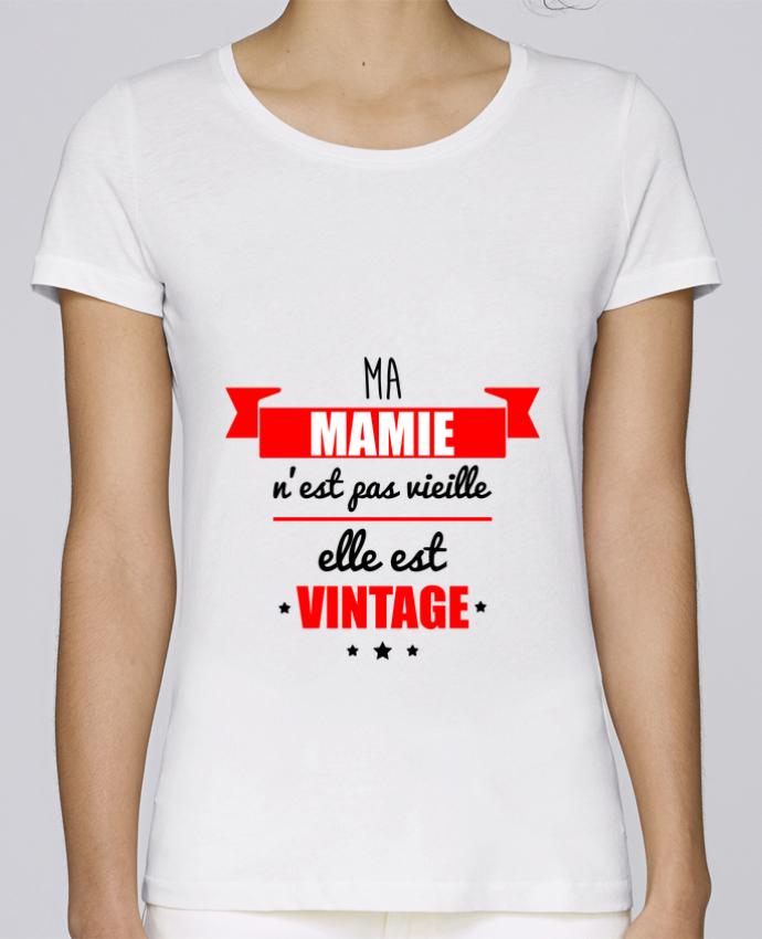 T-shirt Femme Stella Loves Ma mamie n'est pas vieille elle est vintage par Benichan