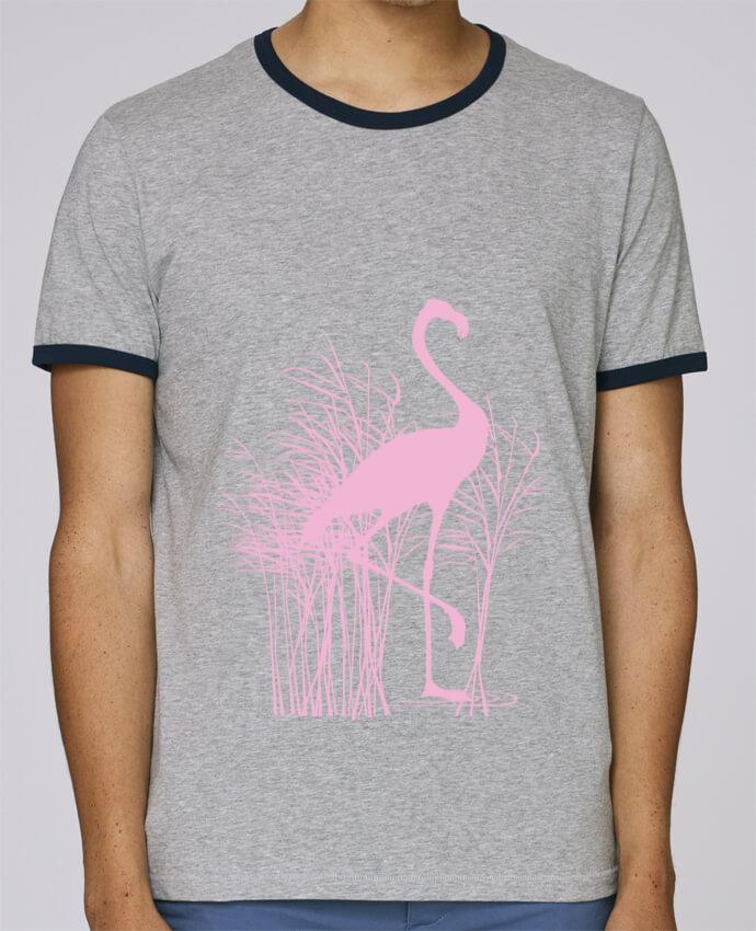 T-Shirt Ringer Contrasté Homme Stanley Holds Flamant rose dans roseaux pour femme par Studiolupi