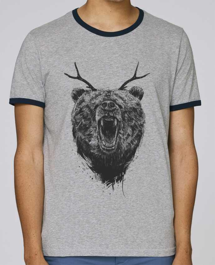T-Shirt Ringer Contrasté Homme Stanley Holds Angry bear with antlers pour femme par Balàzs Solti
