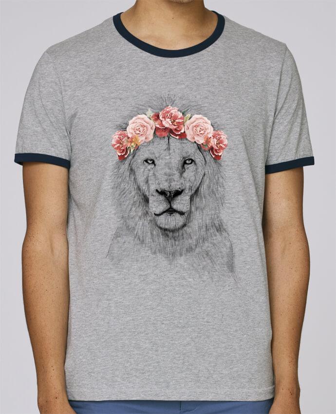 T-Shirt Ringer Contrasté Homme Stanley Holds Festival Lion pour femme par Balàzs Solti