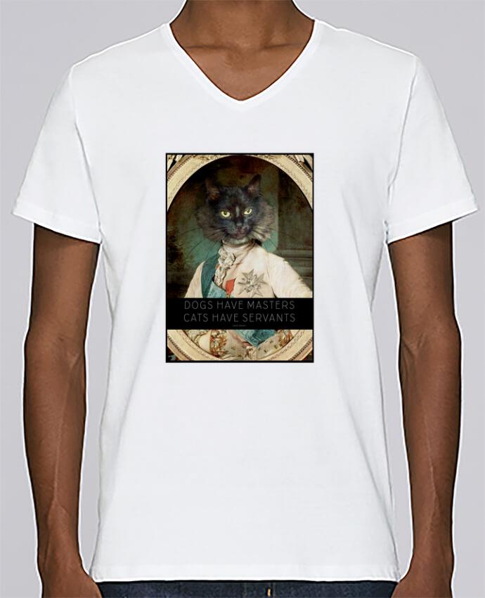 T-shirt Col V Homme Stanley Relaxes King Cat par Tchernobayle