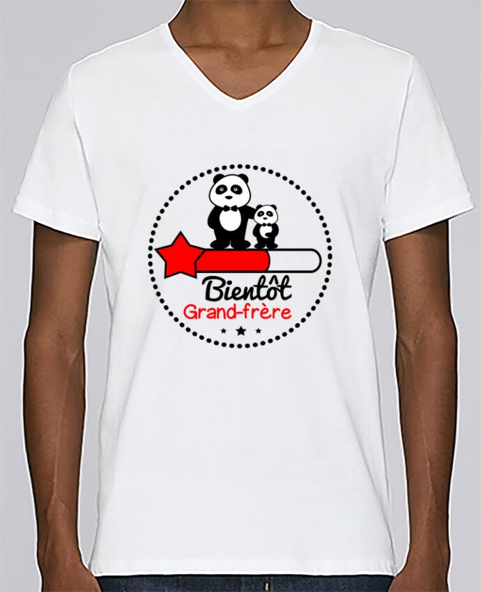 T-shirt Col V Homme Stanley Relaxes Bientôt grand-frère , futur grand frère par Benichan