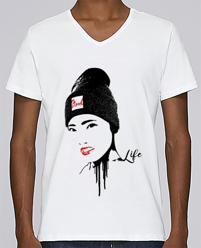 T-shirt Col V Homme Stanley Relaxes Geisha par Graff4Art