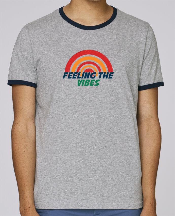 T-Shirt Ringer Contrasté Homme Stanley Holds Feeling the vibes pour femme par tunetoo