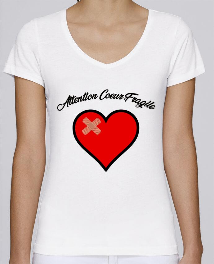 T-shirt Femme Col V Stella Chooses Coeur Fragile par funky-dude