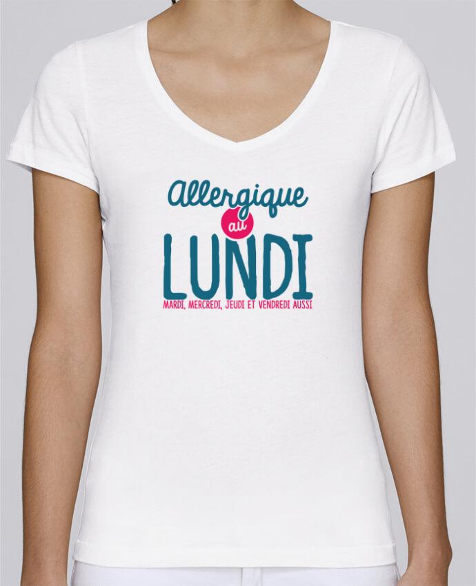 T-shirt Femme Col V Stella Chooses ALLERGIQUE AU LUNDI ... MAIS PAS QUE par PTIT MYTHO