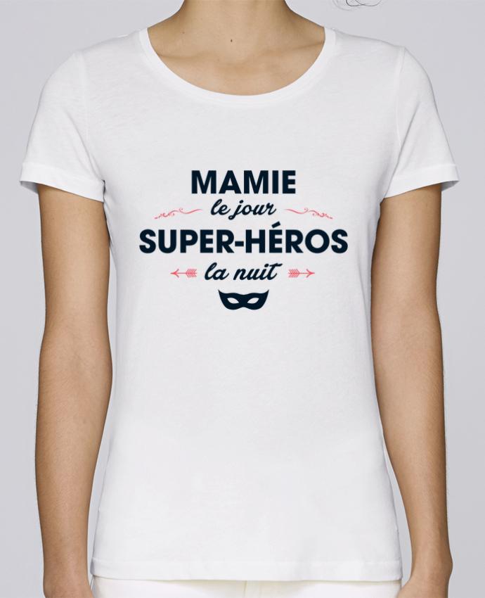 T-shirt Femme Stella Loves Mamie le jour, super-héros la nuit par tunetoo