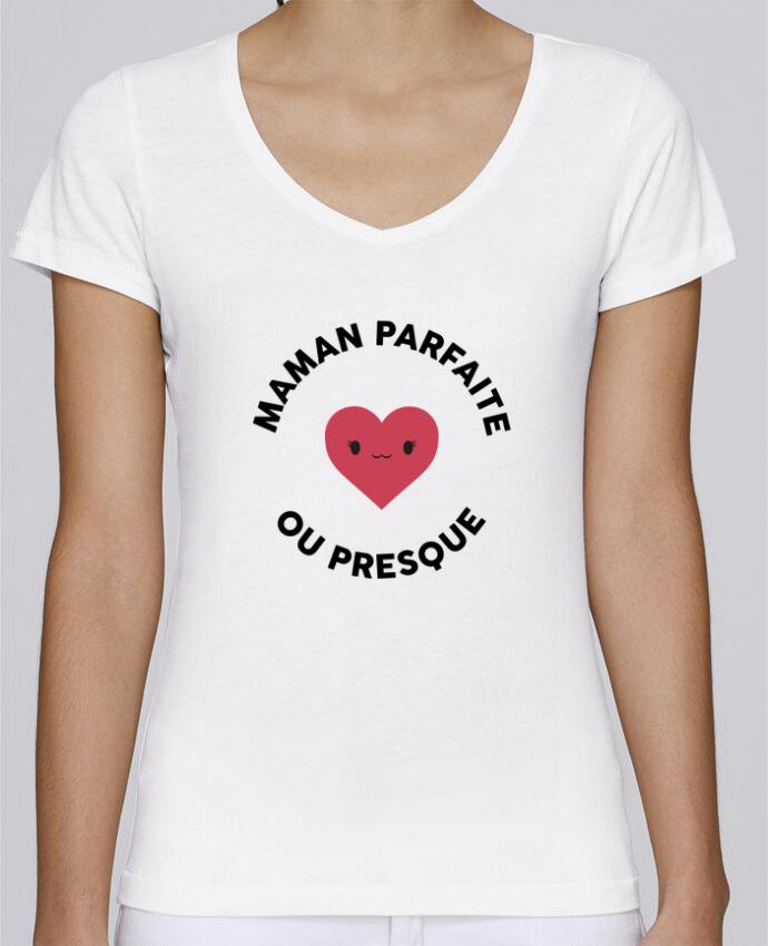T-shirt Femme Col V Stella Chooses Maman parfaite ou presque par tunetoo